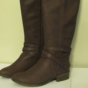 Ladies Brown Tall Leather zipper boot w/ anklet